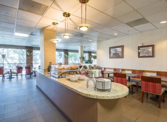 comfort inn by the bay san francisco california hotel san. Black Bedroom Furniture Sets. Home Design Ideas